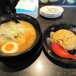 五麺八舎 本店 - 料理写真: