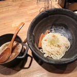 北野坂 奥 - つけ麺1玉730円(140㌘)