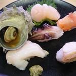 スシロー - 料理写真:季節限定 豪華貝の盛り合わせ