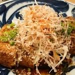 鮮魚と炉端焼き 魚炉魚炉 - 十六豆腐 厚揚げ