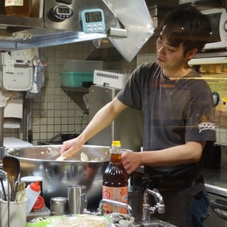 卵160個使ったタルタルソース毎朝手作り!宮崎流にたっぷりと