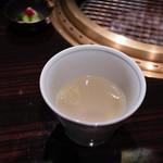 焼肉 銀座コバウ - テールスープ