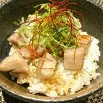 生粋 花のれん - もち豚の炙りチャーシュー丼
