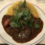カレーの店 マボロシ - 【2018.3.19】鶏レバーとトマト 大盛り¥1000