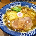 ハマカゼ拉麺店 - 清湯醤油ラーメン700円