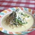 白魚と菜の花たっぷりのクリームソース