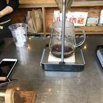 LEAVES COFFEE APARTMENT - 一杯ずつ入れてくれます。