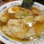 日高屋 - 続いては「ワンタン麺」を食べてみることに。