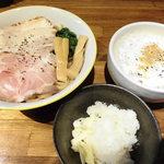 らー麺や-与- - 料理写真:カプチーノつけ麺