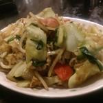 村役場 - 肉野菜炒め。