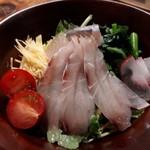 むらむすび - 島カツオと飛魚の生ハムサラダ