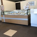 オーブ・ル・クール - ケーキ売場のショーケース