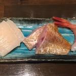 83212810 - お刺身2つ目のお皿 タイラギ・ノドクロ・甘エビ