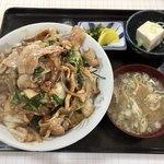 阿Q - 焼肉丼大盛り1000円