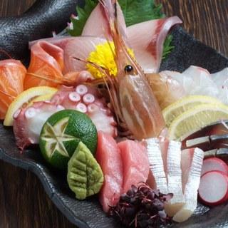 肉&鶏料理や鮮魚・一品料理多数!