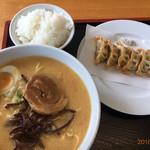 千喜 - 料理写真:揚げ餃子ライスのセットにしました