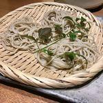 魚匠 銀平本店 - ざる蕎麦は、3人前です。しっかりコシがあります。