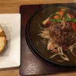 陽食屋3 - 荒々しいハンバーグとパン