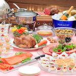ラポール - 料理写真:団体パーティーにはビュッフェプランを。色鮮やかな料理の数々 ボリュームも満点