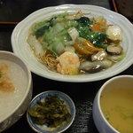 中国広東料理 えん - 焼そばランチ(950円)