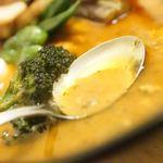 ローストビーフ丼&スープカリー くまちゃん - スープ