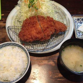 不二かつ - 料理写真:ロースカツ定食(110g)