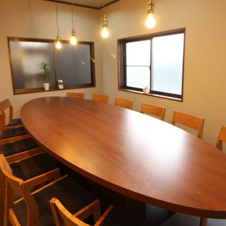 12名大テーブル