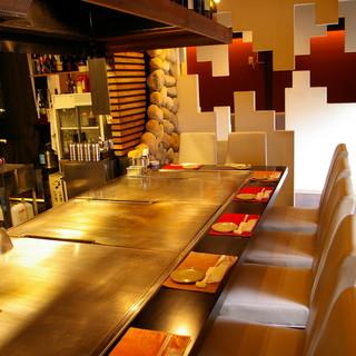 ◆「神戸デザインショップ賞」受賞◆お洒落な空間で鉄板焼きを。