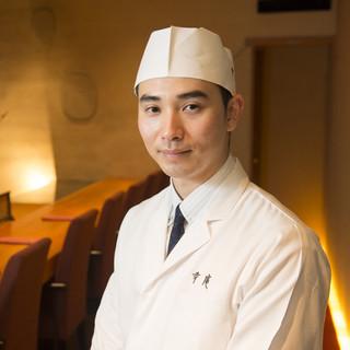 苗村彰俊氏(なむらてるとし)―伝統の精神を継承する若き料理人