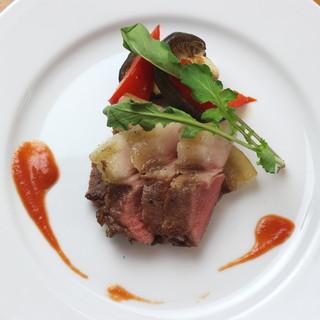 大分から取り寄せるジビエ肉料理が自慢◎鹿・猪は新鮮そのもの!