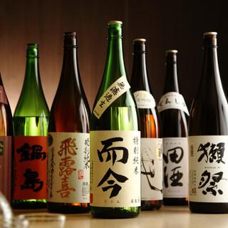 【地酒】全国から厳選した40種以上を常時取り揃えしております