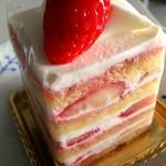 ペストリー・ブティック - 苺ショートケーキ \650