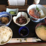 ぴかる - 刺身定食1400円