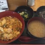 歩々 - 料理写真:親子丼の大