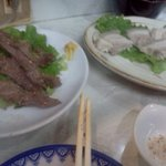 きよし - チョカル(肉)、蒸し豚