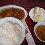 座・上海 - 料理写真:上海角煮定食