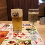 ガスト - 生ビールと白グラスワイン