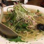 83259925 - 鶏ごぼうラーメン 塩味(780円)