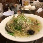 83259936 - 鶏ごぼうラーメン 塩味(780円)