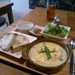 obi Hostel & CAFE BAR -