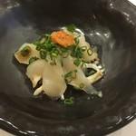 日本料理 花家 - ふぐの刺身です。