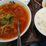 焼肉の金海 - ユッケジャンスープと小ライス