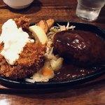 ぶどう亭 - ハンバーグ&カキフライセット(1,030円)