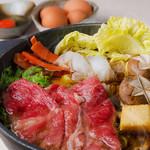 とめ手羽 - 和牛すき鍋