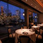 レストラン ル・クール神戸 - ゆったりとした時間が流れる空間