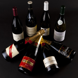 世界のバラエティー豊かなワインと、心を込めたおもてなしを