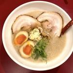 ミサト - 料理写真:味玉醤油ラーメン(800円)硬め、多め