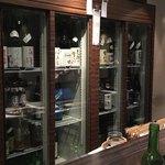 庫裏 - 日本酒の入った冷蔵庫