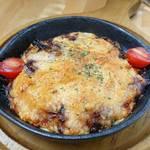 焼きチーズの鉄板ポテトサラダ