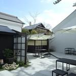 庭カフェ KULA -